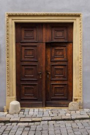 Doors along the Danube_07