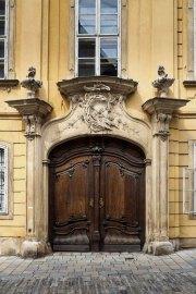 Doors along the Danube_09