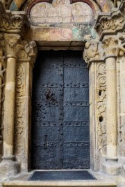 Doors along the Danube_14