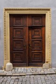 Doors along the Danube_07