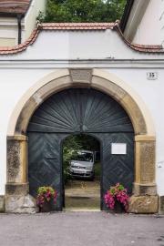 Doors along the Danube_13